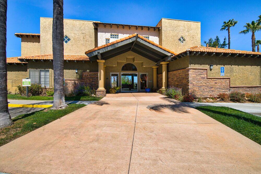Margarita Summit Apartments